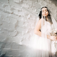 Wedding photographer Artem Semenov (ArtemSemenov). Photo of 11.02.2017