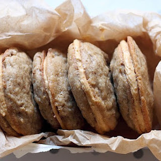 Pumpkin Cheesecake Stuffed Sandwich Cookies