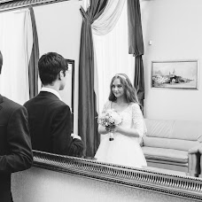 Wedding photographer Roman Gorelov (hellsmile). Photo of 16.10.2017