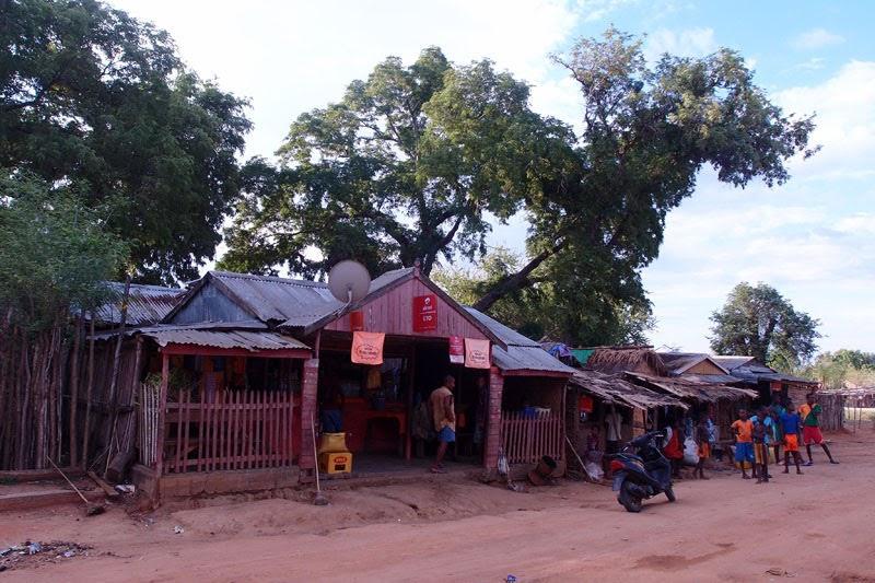 Store at Baobab Avenue