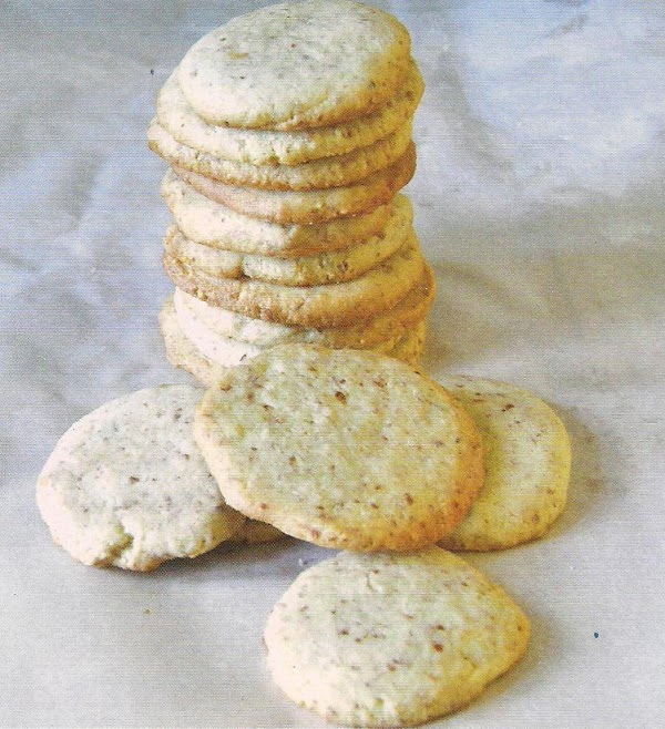 Enriched And Crisp Vanilla/almond Cookies Recipe