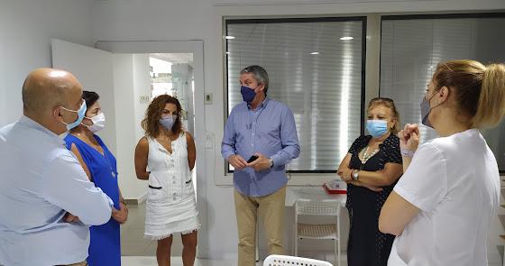 Juan de la Cruz visita los centros de Atención Temprana de Huércal-Overa y Vera