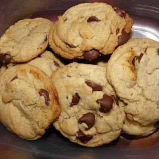 Whole Wheat Vegan Chocolate Chip Cookies