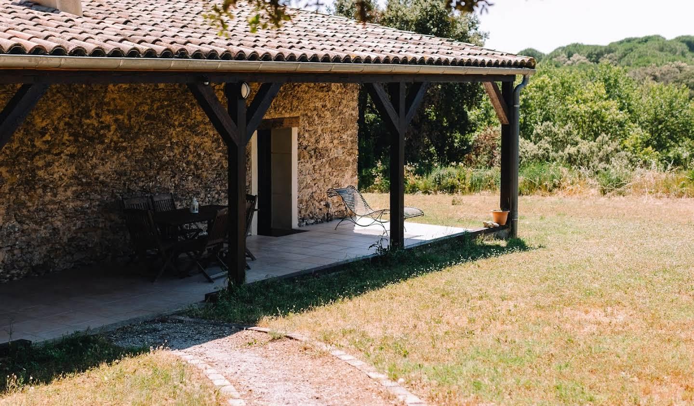 Vignoble avec piscine et dépendances Carcassonne