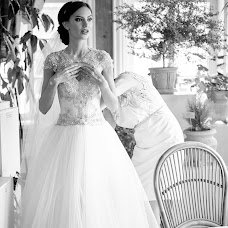 Wedding photographer Ganna Bichinova (GannaIrk). Photo of 10.09.2015
