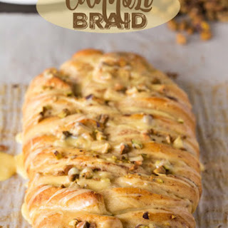 Cannoli Braid
