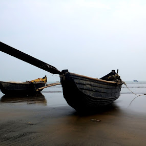 Stranded by Satabdi Datta - Landscapes Beaches ( , landscape, beach, relax, tranquil, relaxing, tranquility )