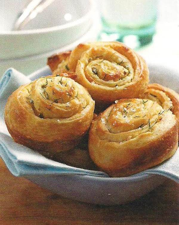 Garlic Herb Rolls Recipe