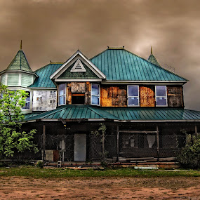 Still Abandoned~ by Karen Tawater - Buildings & Architecture Homes ( exterior, color, edit, house, abandoned )