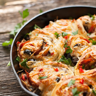 Skillet Pizza Rolls (your way)