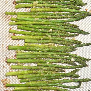 Garlic Parmesan Roasted Asparagus Recipe