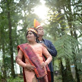 Batak Tribe Couple Engagement by Fredy Pandia - Wedding Bride & Groom ( prewed, nature, prewedding, wedding, forest, couple, bride and groom, batak )