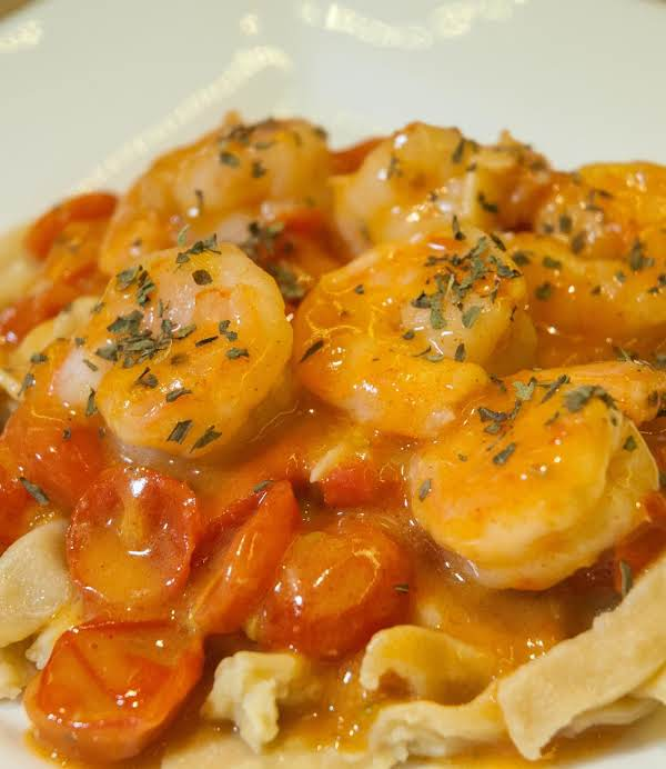 Seafood Essentials: Spicy Shrimp & Pasta Recipe