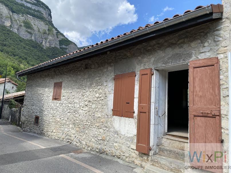 Vente maison 3 pièces 120 m² à Crolles (38920), 299 000 €