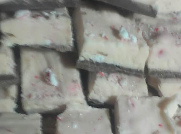 Peppermint Bark Fudge Recipe