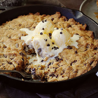 Spicy Chocolate Chip Skillet Cookie