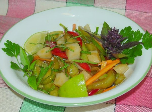 Tanya's Oriental Lime And Cucumber Salad Recipe