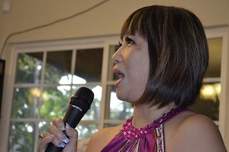 Photo: Hoài Hương CT5 từ San Jose CA đến đang tự giới thiệu thân thế sự nghiệp của lớp nữ hoc sinh CT đầu tiên.