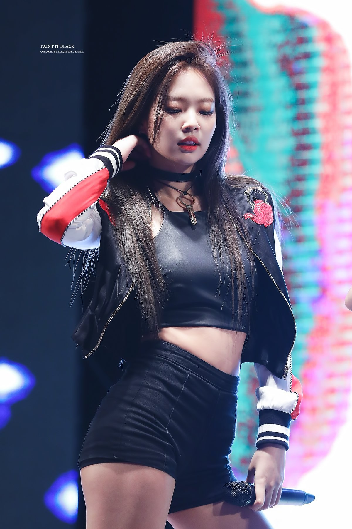 TOP 10 Sexiest Outfits Of BLACKPINK Jennie (30+ Photos