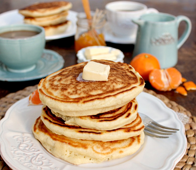 Old-Fashioned Buttermilk Pancakes - earthly taste
