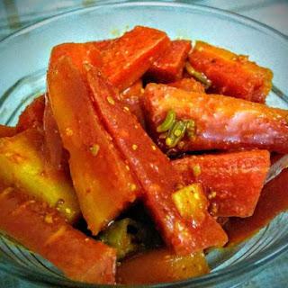 Gajar Ka Achar / Carrot Pickle