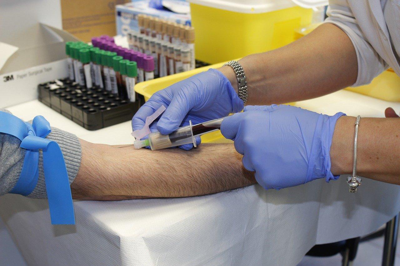 patient receives a shot; EDC features concept