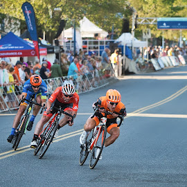 Leading The Race by Garry Dosa - Sports & Fitness Cycling ( racing, sports, bicycle, race, road race, cycling, people, speed, cyclists, outdoors, tour de white rock, action, competitive, bicycles, sport )