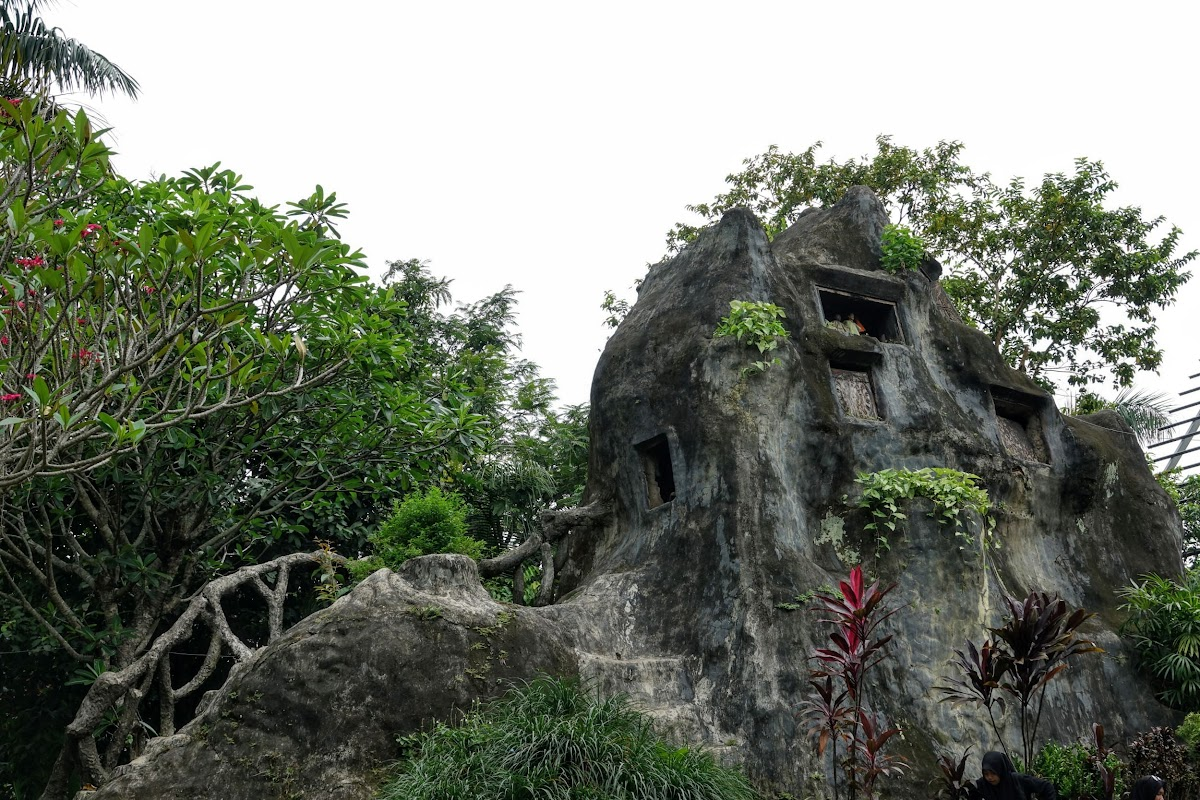 Burial Sites, South Sulawesi