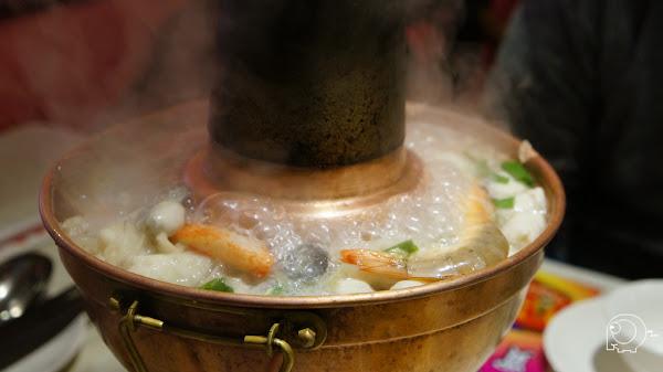 碳香味濃的酸菜白肉鍋-四平小館@捷運南京松江站@四平商圈