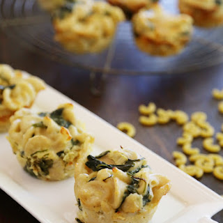 Spinach and Artichoke Macaroni and Cheese Bites