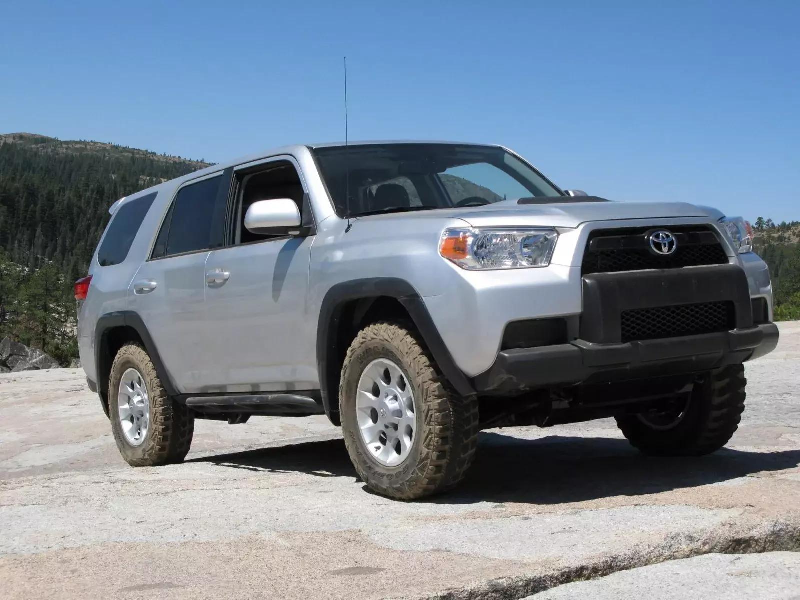 mașini din ultimii 10 ani Toyota 4Runner