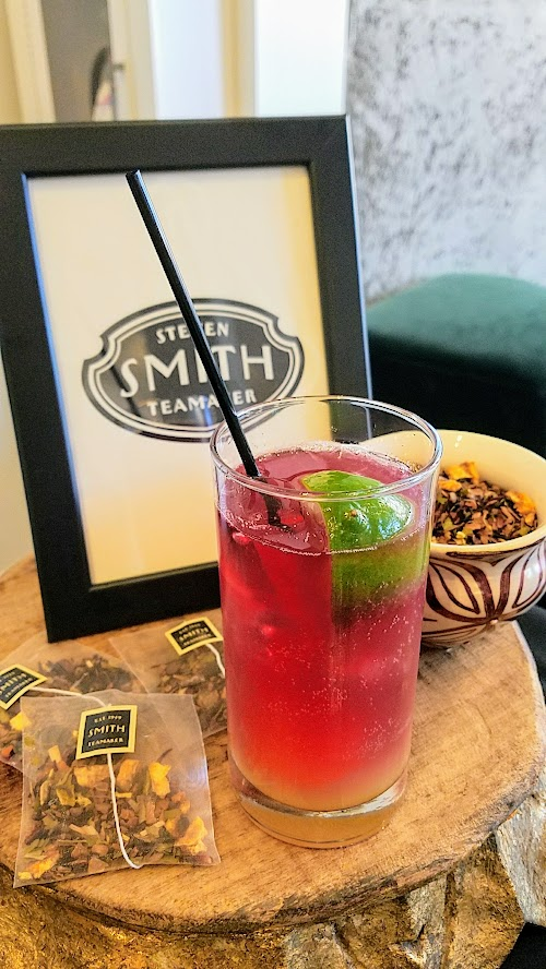 Alto Bajo also has quite the beverage program. They have their own exclusive set of drinks made especially for them - including a Smith Teamaker Tea blend called Mayan Jamaica with hibiscus flowers, orange peek, cacao nibs, star anise, cassia, and licorice