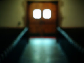 Photo: Returning from an Altar Call | Harbison Chapel, Grove City College © 2006 Ryan Lynham