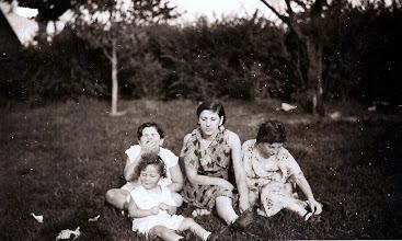 Photo: Helene Tulman, Regina Sternbach, Frieda Braunhart Brunn, Mildred Tulman