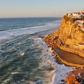 Azenhas do Mar by João Branquinho - Travel Locations Landmarks ( oceanic pool, cidade, piscina oceânica, sintra, ocean, oceano, encosta, portugal, azenhas )