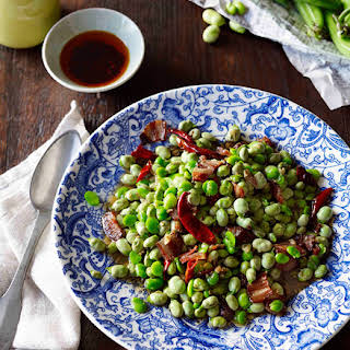 Stir-fried broad beans with Chinese bacon (La rou chao candou).