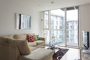 Contemporary Times Square Serviced Apartments