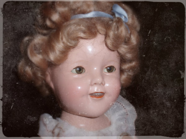 1930s SHIRLEY TEMPLE DOLL_w600.jpg