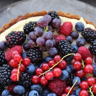 Crème Pâtissière and Fresh Berry Tart