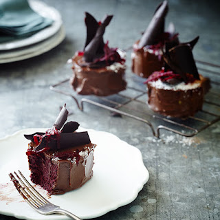 Beetroot Chocolate Mud Cakes