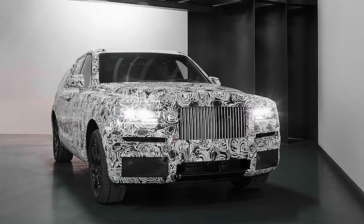 Rolls-Royce will remove the camouflage from the Cullinan SUV upon its release