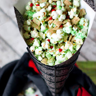 How the Grinch Crunched Christmas Popcorn Mix