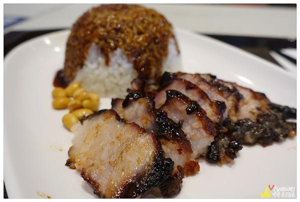 了凡香港油雞飯麵(台北松山)-松山車站內的叉燒飯專賣-世界首家米其林小販!