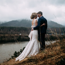 Wedding photographer Kseniya Romanova (romanova). Photo of 11.06.2018