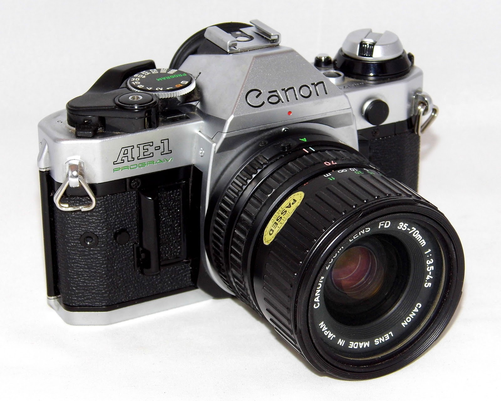 An image of the Canon AF-1 Program camera
