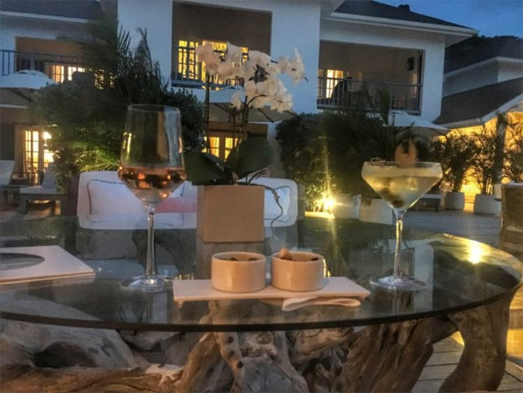 The elegant scene at Cheval Blanc on Anse des Flamands.