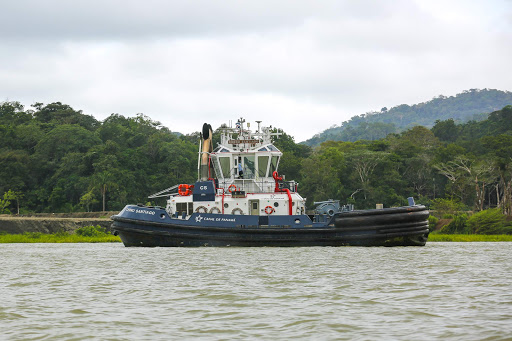 Panama-Canal-tugboat.jpg -  A tugboat seen from Norwegian Jade in Gatun Lake, Panama.