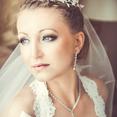 Wedding photographer Olga Zhuchkova (Studio-Life). Photo of 14.03.2014