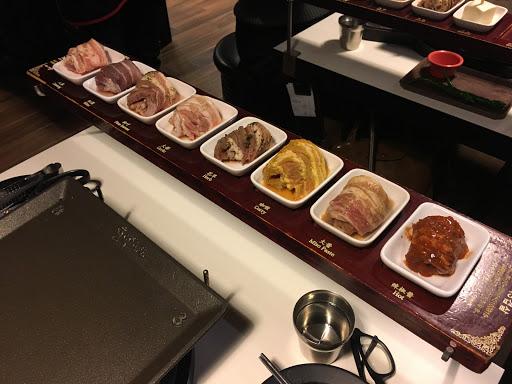 如果想吃肉但荷包比較緊的話可以來吃,會吃的很飽(*´ސު`*)