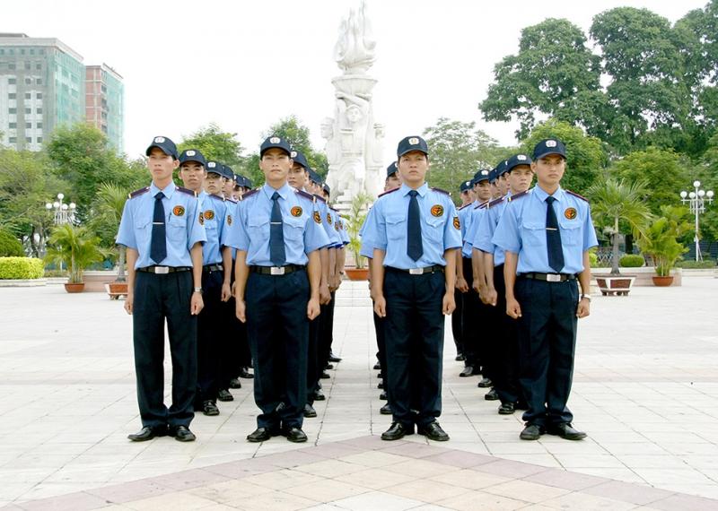 Thuê bảo vệ - dịch vụ chuyên nghiệp, tiện ích